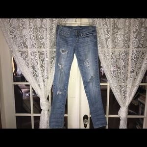 American Eagle Med Wash Ripped Skinny Jeans (0)